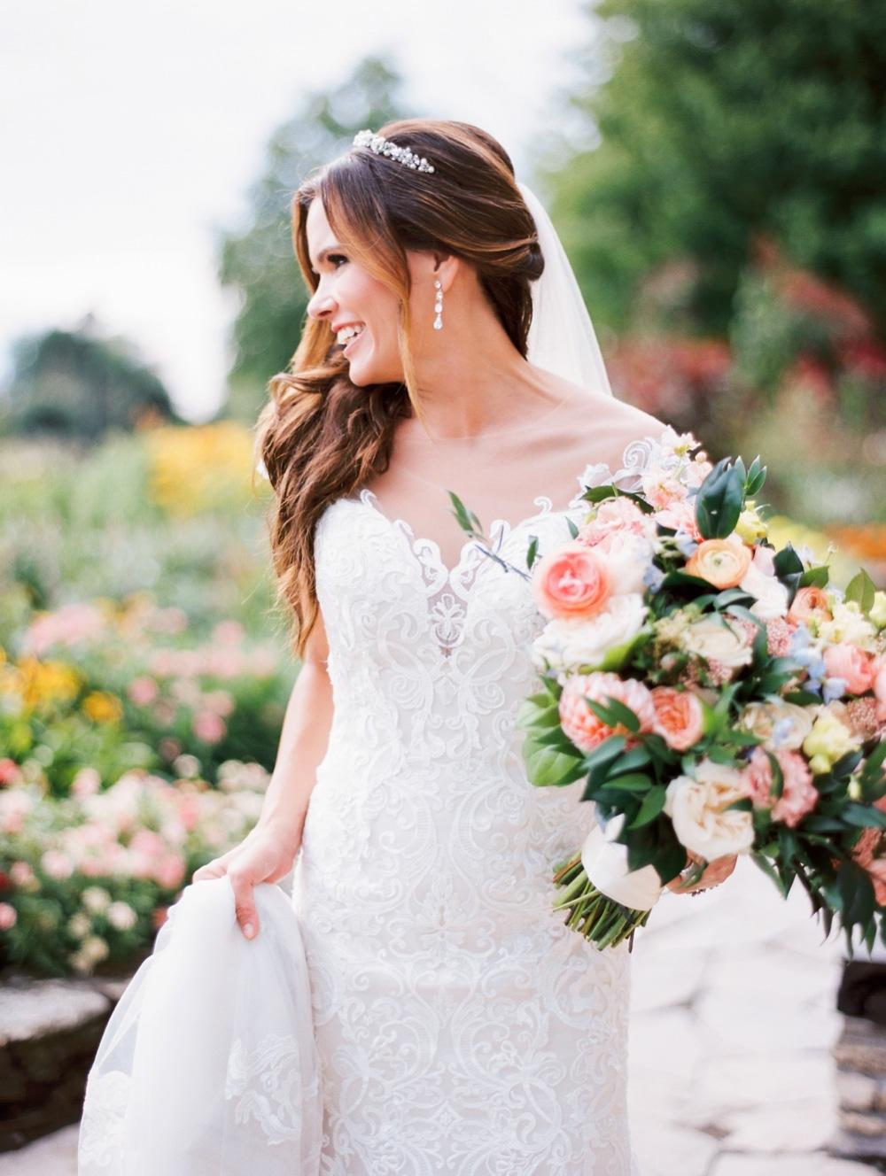kristin-la-voie-photography-henry-ford-museum-detroit-wedding-photographer-81