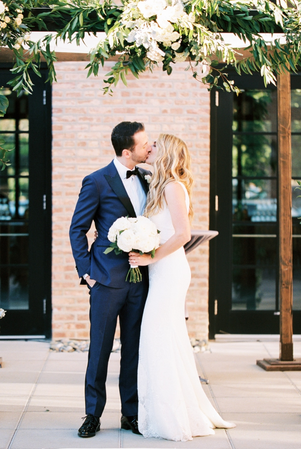 kristin-la-voie-photography-revel-motor-row-chicago-wedding-photographer-123