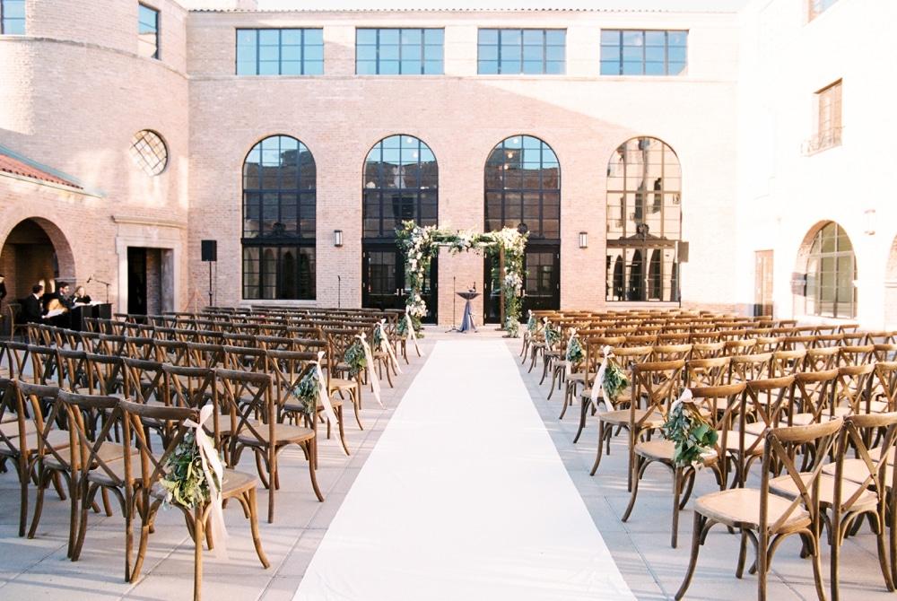 kristin-la-voie-photography-revel-motor-row-chicago-wedding-photographer-130