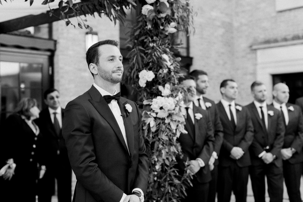 kristin-la-voie-photography-revel-motor-row-chicago-wedding-photographer-143