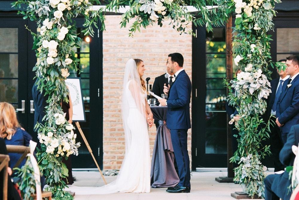 kristin-la-voie-photography-revel-motor-row-chicago-wedding-photographer-160