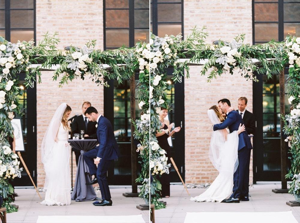 kristin-la-voie-photography-revel-motor-row-chicago-wedding-photographer-167
