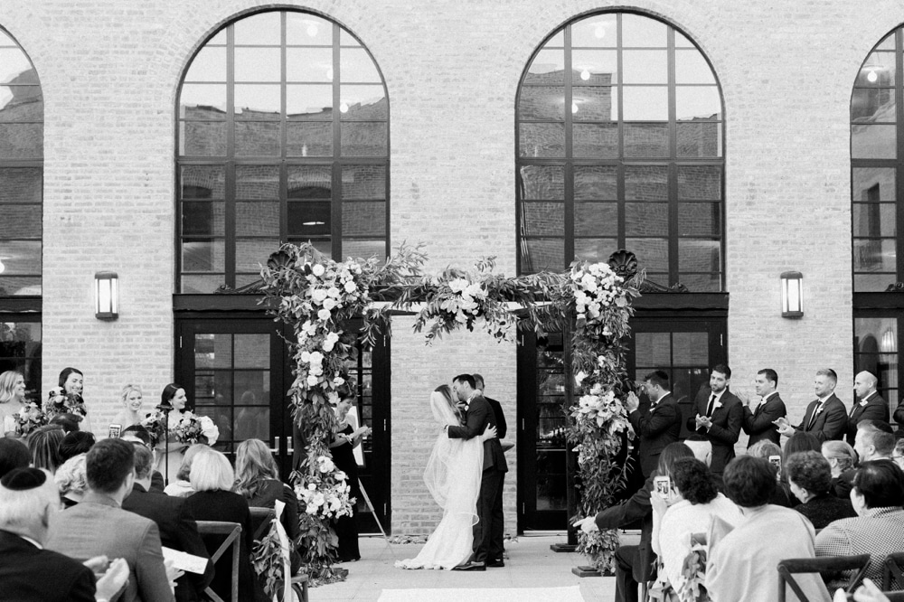 kristin-la-voie-photography-revel-motor-row-chicago-wedding-photographer-173