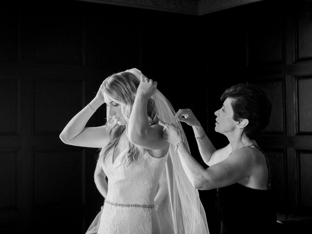 kristin-la-voie-photography-revel-motor-row-chicago-wedding-photographer-19