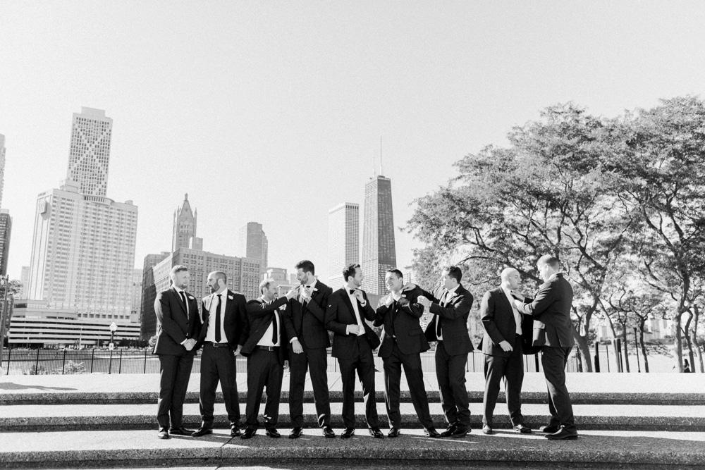 kristin-la-voie-photography-revel-motor-row-chicago-wedding-photographer-51