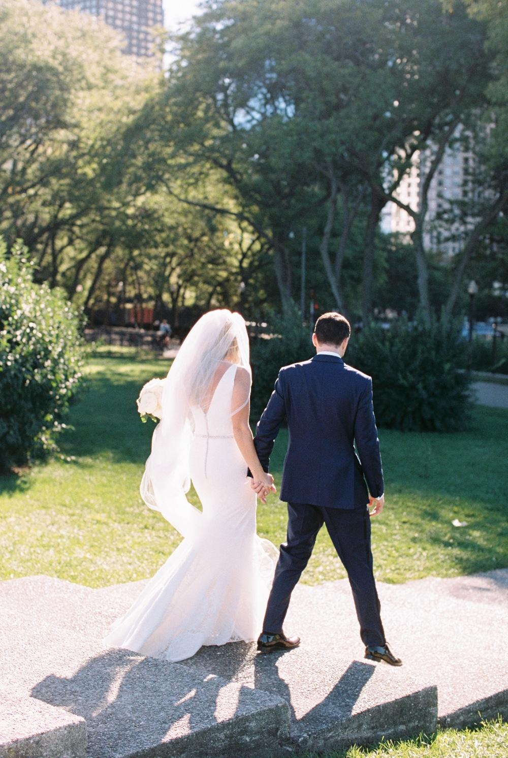 kristin-la-voie-photography-revel-motor-row-chicago-wedding-photographer-70