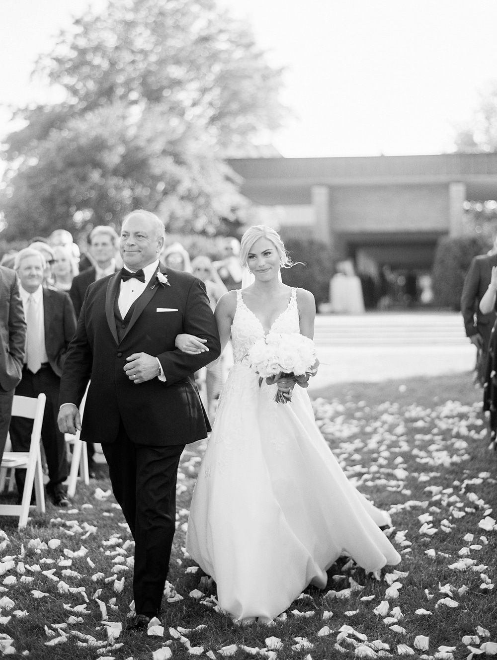 Kristin-La-Voie-Photography-chicago-botanic-garden-wedding-photos-114