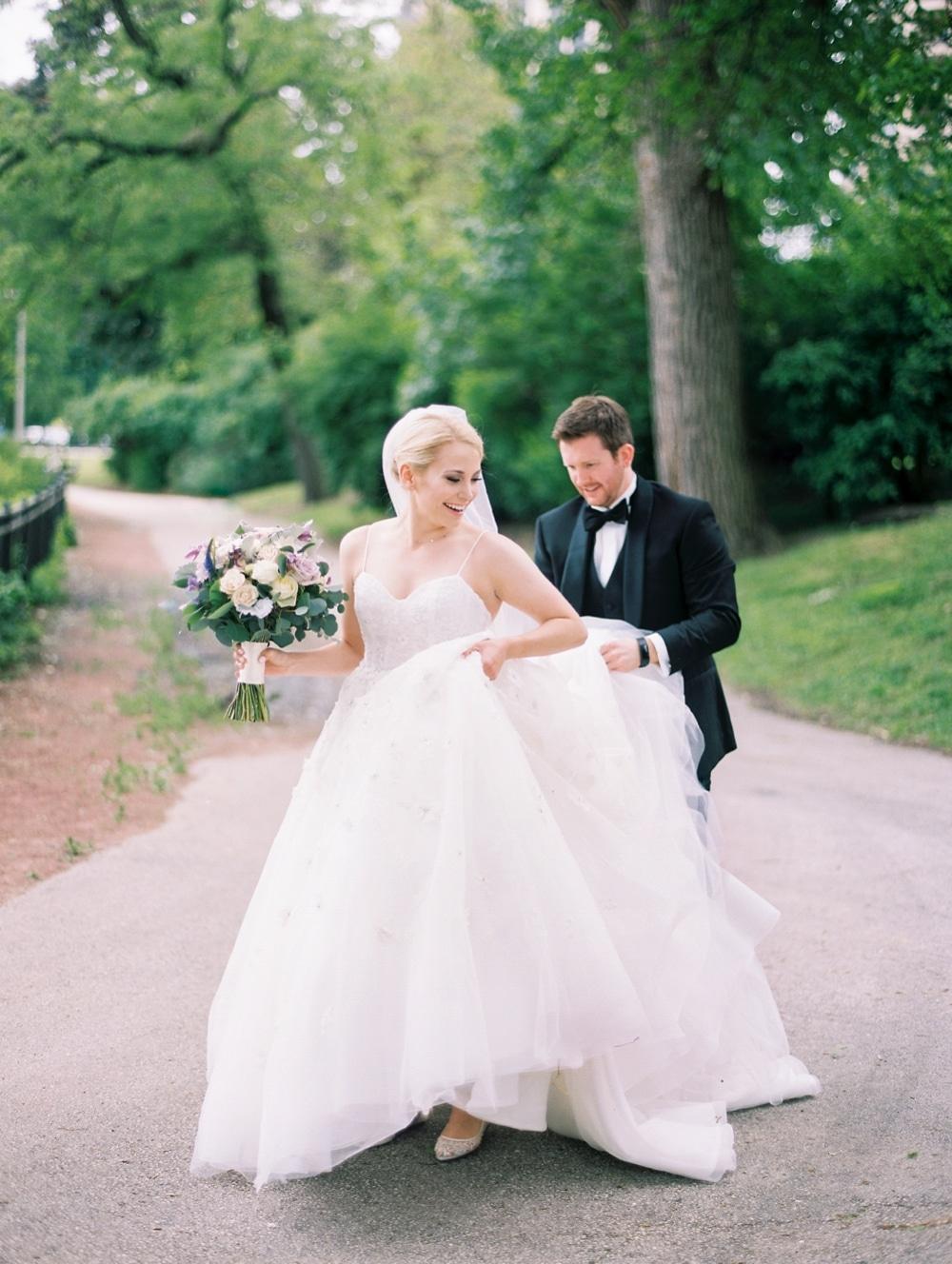 Kristin-La-Voie-Photography-salvatore's-chicago-wedding-photographer-1