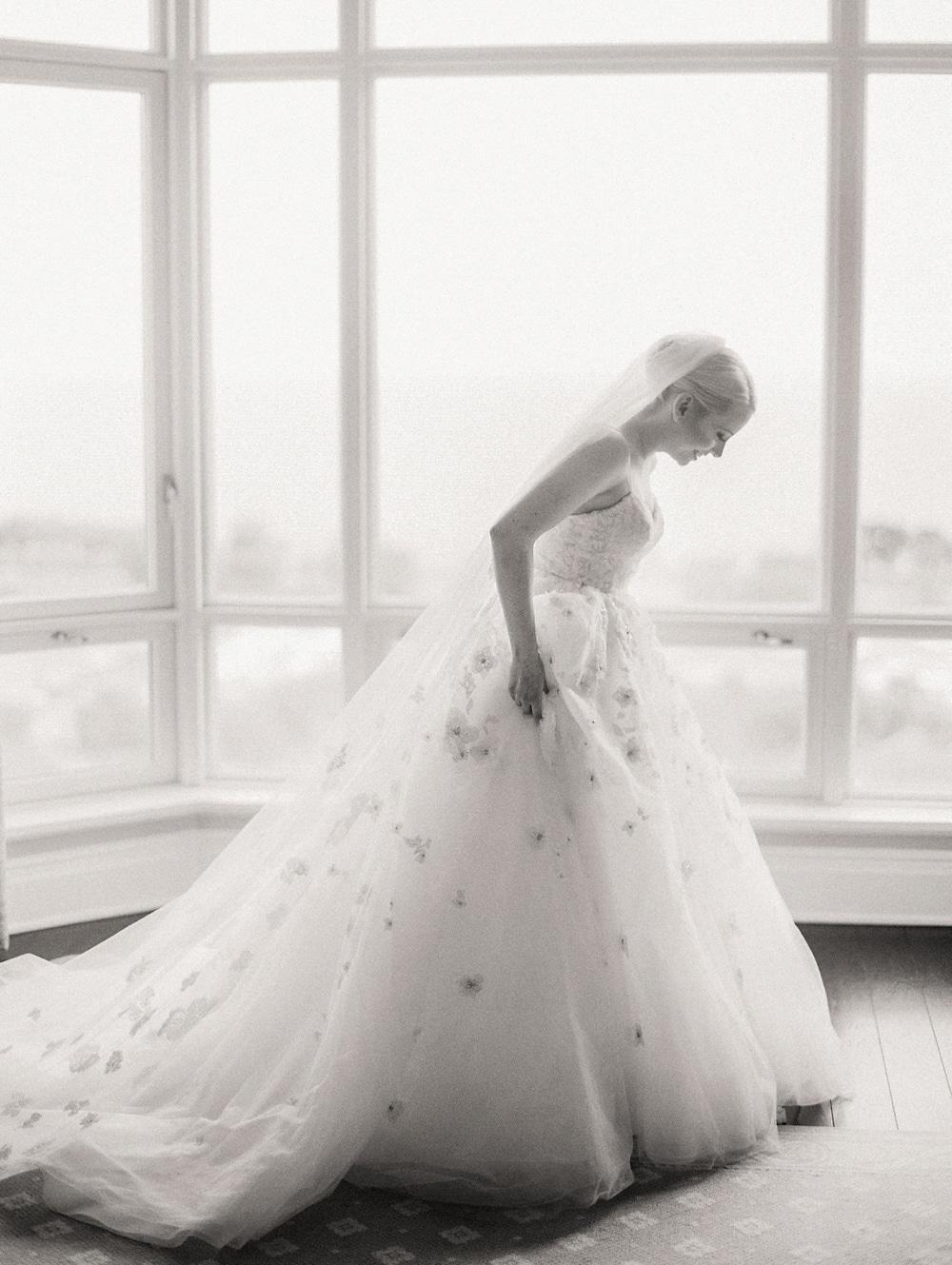 Kristin-La-Voie-Photography-salvatore's-chicago-wedding-photographer-108