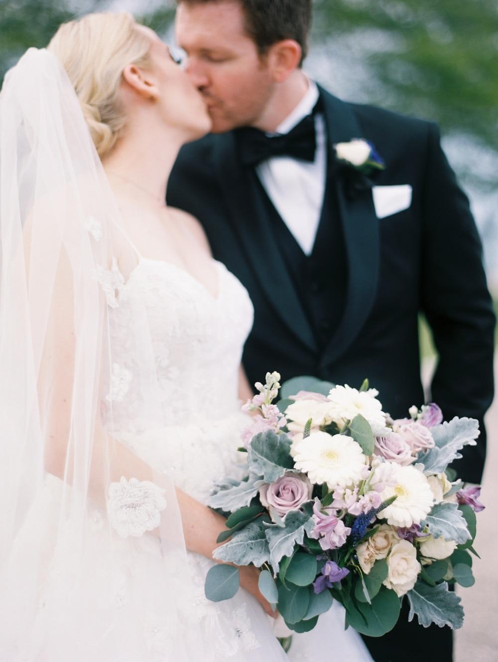 Kristin-La-Voie-Photography-salvatore's-chicago-wedding-photographer-22
