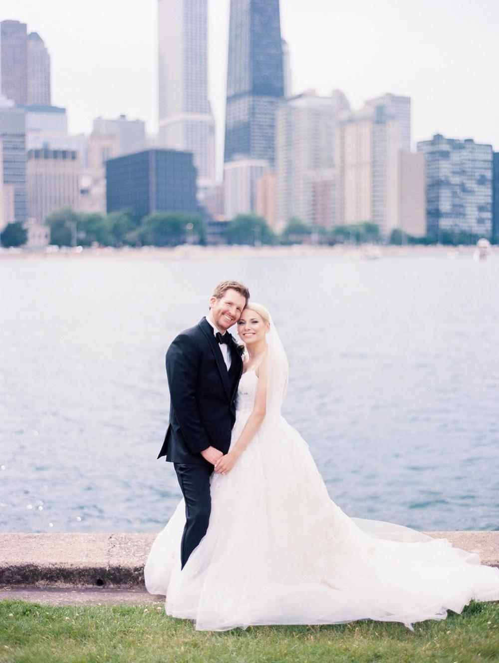 Kristin-La-Voie-Photography-salvatore's-chicago-wedding-photographer-36