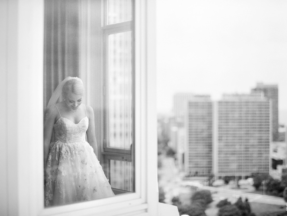 Kristin-La-Voie-Photography-salvatore's-chicago-wedding-photographer-99