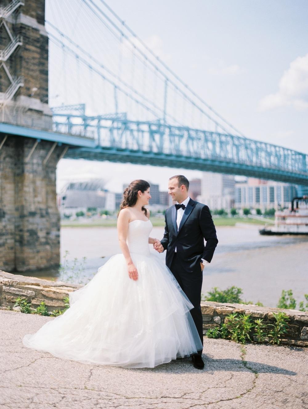 kristin-la-voie-photography-Cincinnati-Music-Hall-Wedding-106