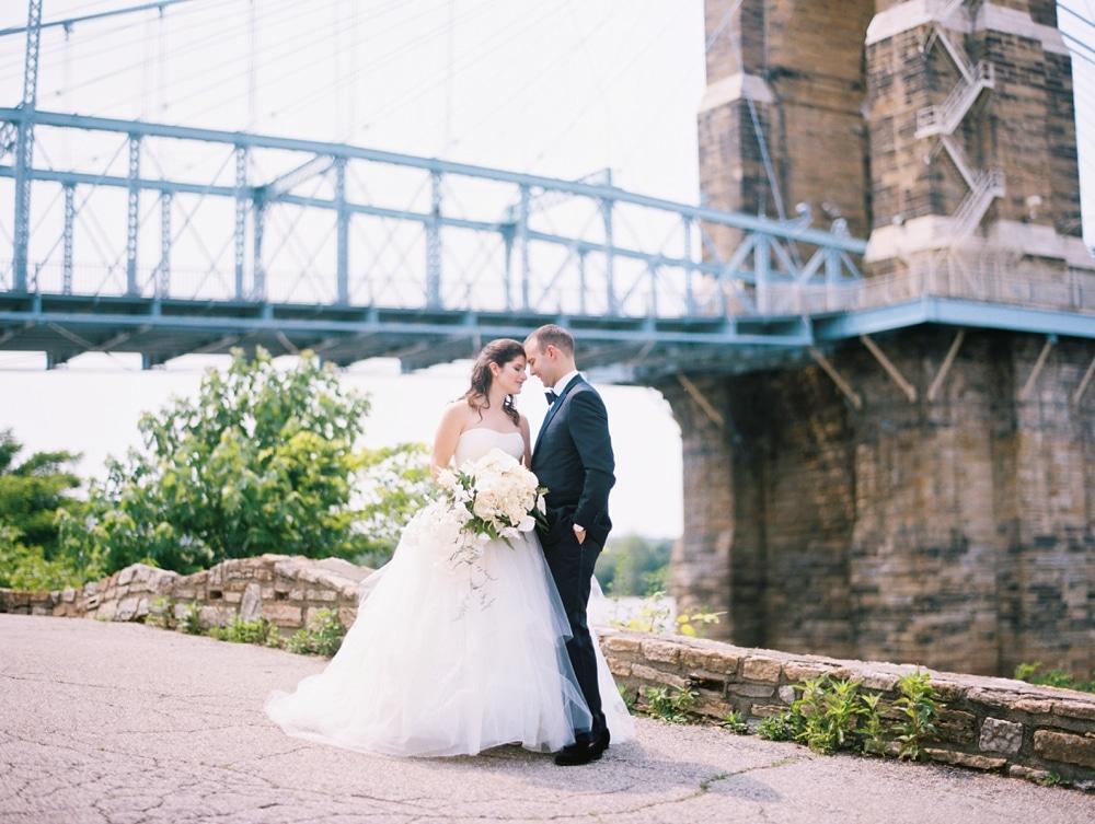 kristin-la-voie-photography-Cincinnati-Music-Hall-Wedding-116
