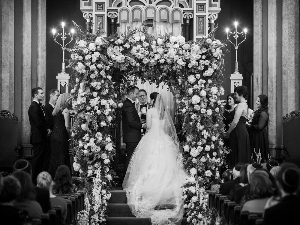 kristin-la-voie-photography-Cincinnati-Music-Hall-Wedding-207