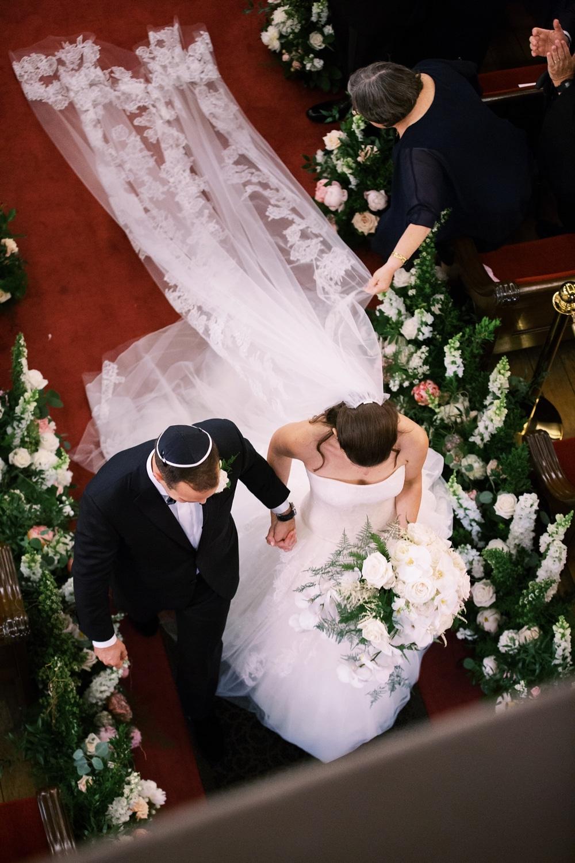 kristin-la-voie-photography-Cincinnati-Music-Hall-Wedding-226