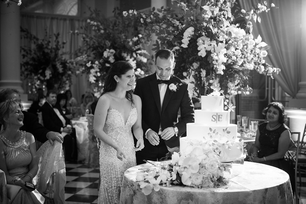kristin-la-voie-photography-Cincinnati-Music-Hall-Wedding-316
