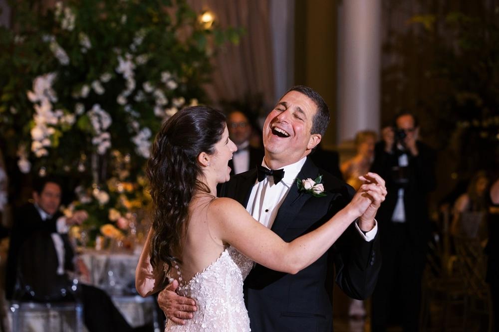 kristin-la-voie-photography-Cincinnati-Music-Hall-Wedding-317