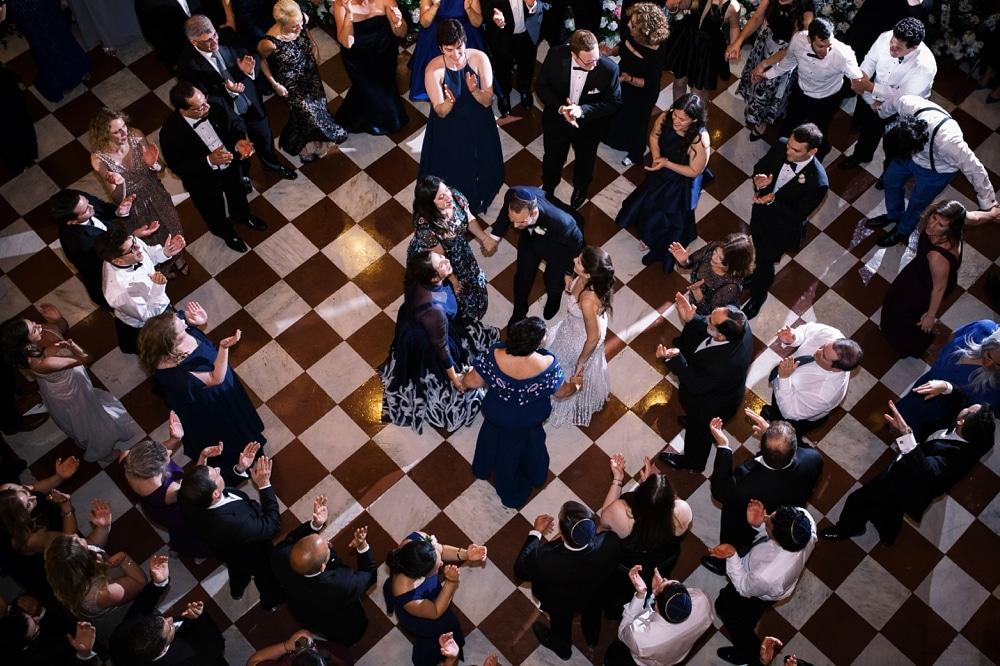 kristin-la-voie-photography-Cincinnati-Music-Hall-Wedding-319