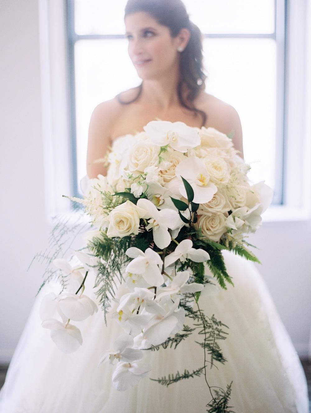 kristin-la-voie-photography-Cincinnati-Music-Hall-Wedding-45