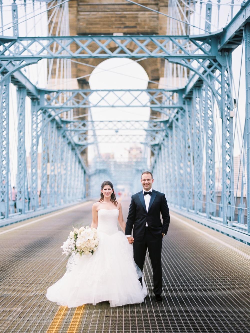 kristin-la-voie-photography-Cincinnati-Music-Hall-Wedding-93