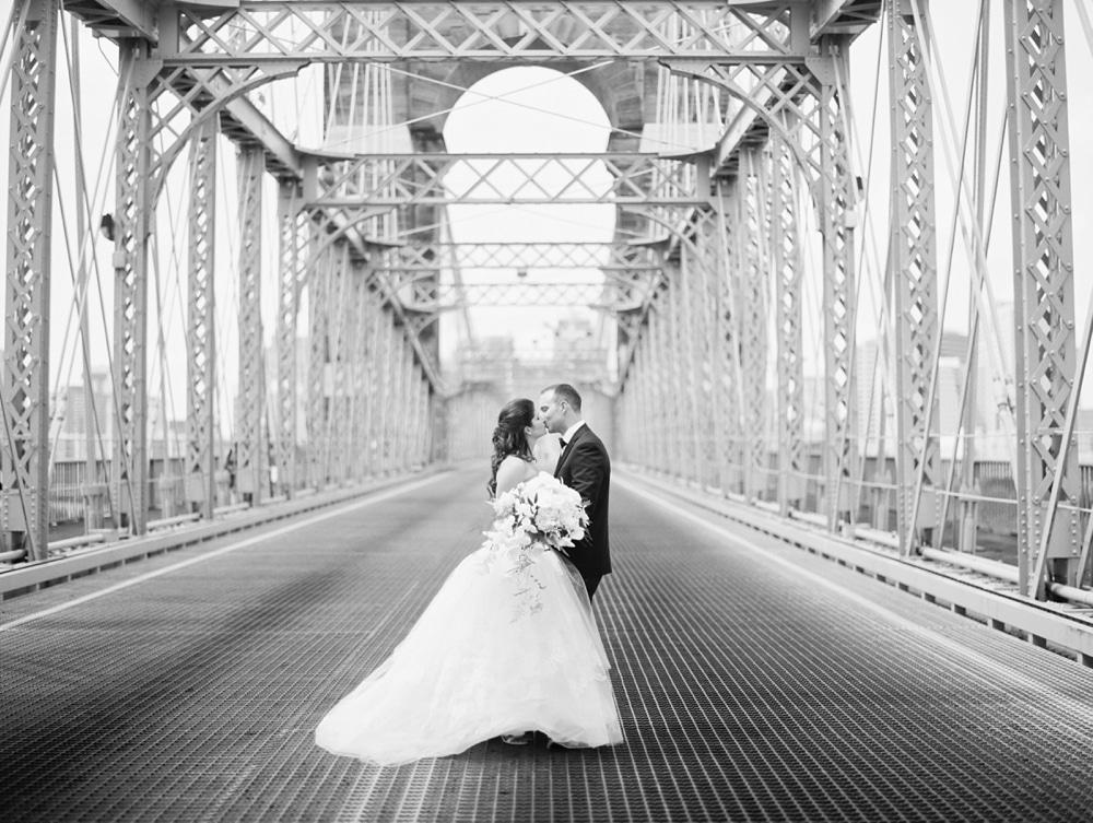 kristin-la-voie-photography-Cincinnati-Music-Hall-Wedding-96