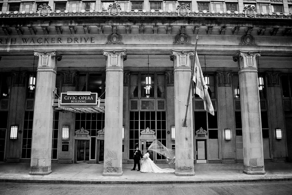 kristin-la-voie-photography-drake-hotel-chicago-wedding-photographer-1