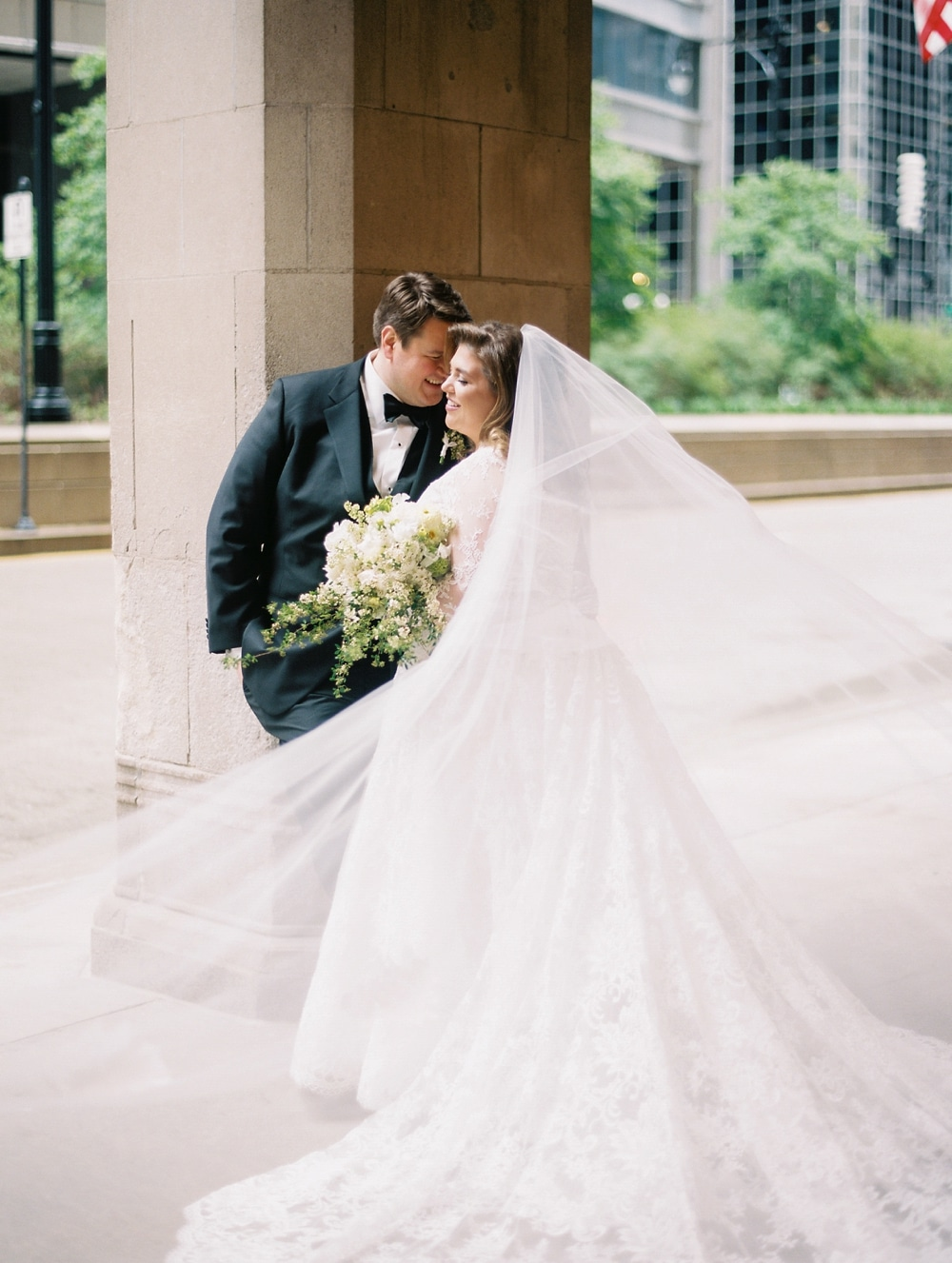kristin-la-voie-photography-drake-hotel-chicago-wedding-photographer-5
