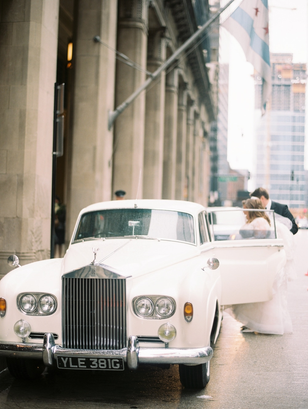 kristin-la-voie-photography-drake-hotel-chicago-wedding-photographer-74