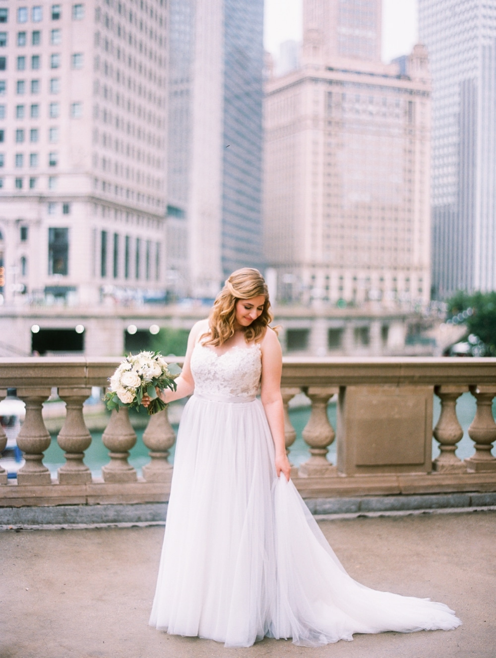 kristin-la-voie-photography-wyndham-grand-chicago-jewish-wedding-176