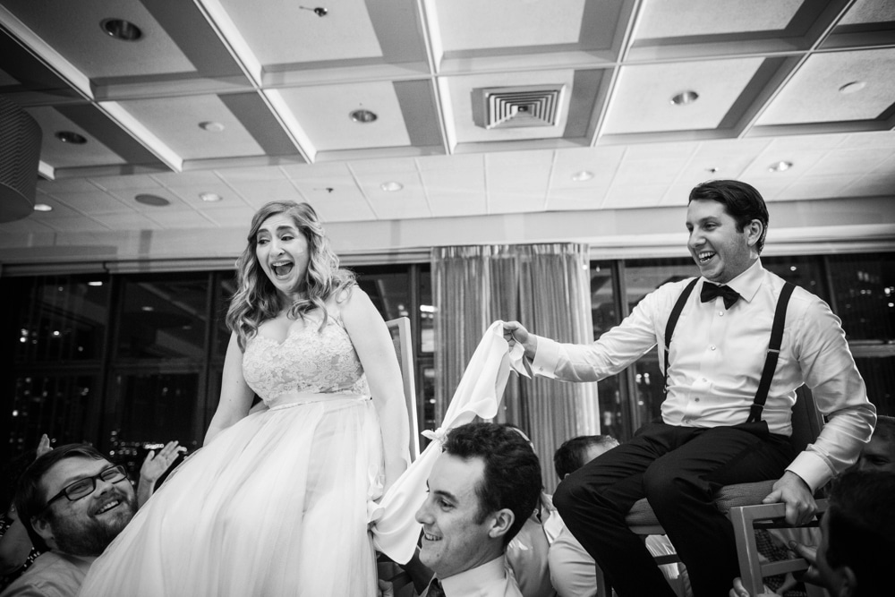 kristin-la-voie-photography-wyndham-grand-chicago-jewish-wedding-47