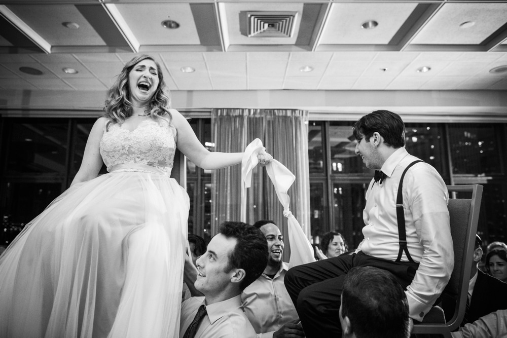 kristin-la-voie-photography-wyndham-grand-chicago-jewish-wedding-52