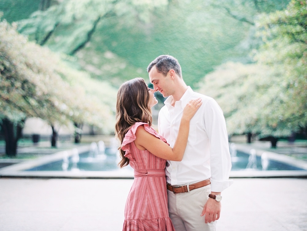Kristin-La-Voie-Photography-chicago-art-institute-engagement-wedding-photos-101