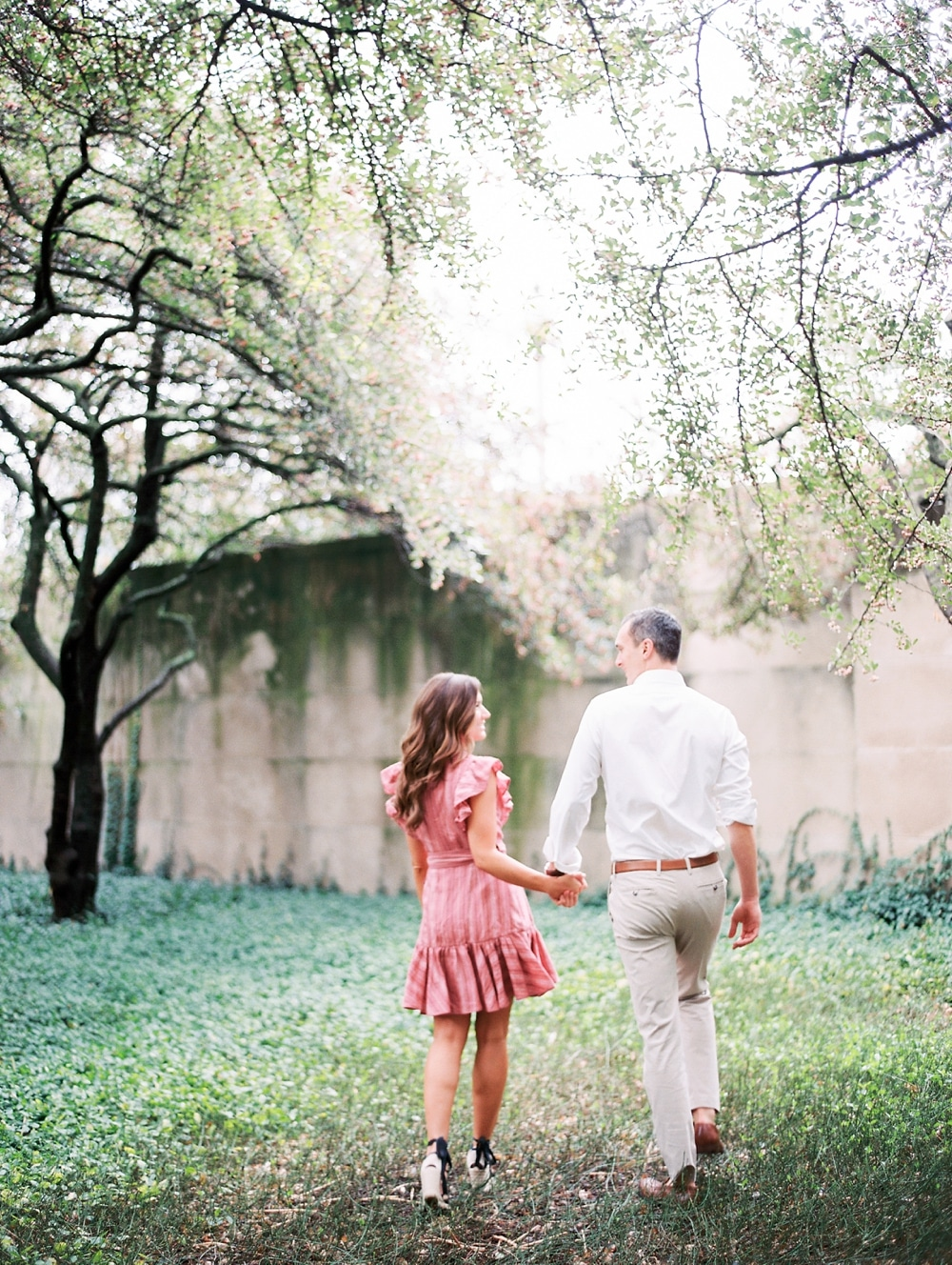 Kristin-La-Voie-Photography-chicago-art-institute-engagement-wedding-photos-69