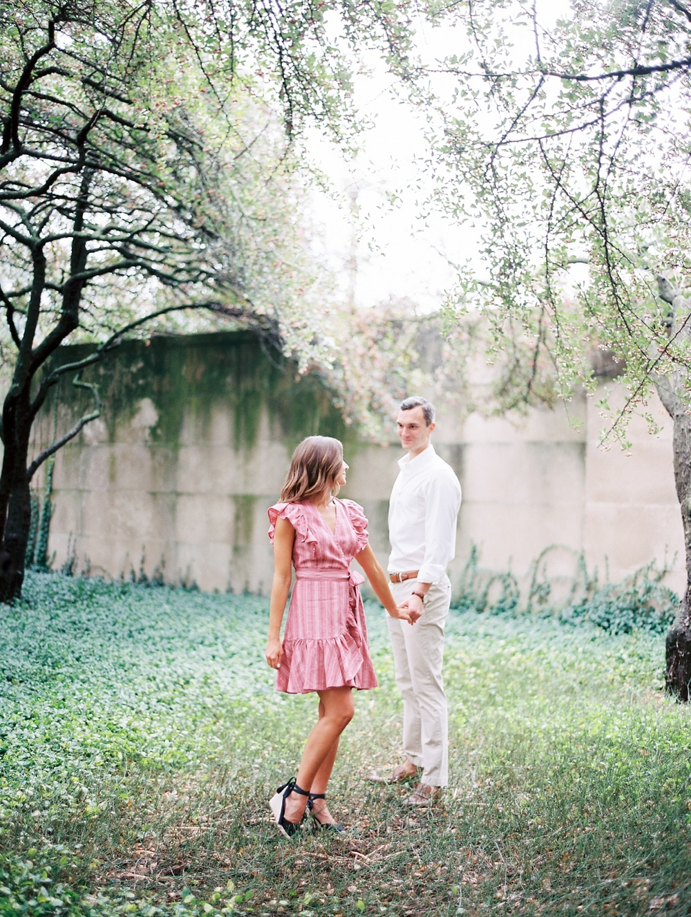 Kristin-La-Voie-Photography-chicago-art-institute-engagement-wedding-photos-78