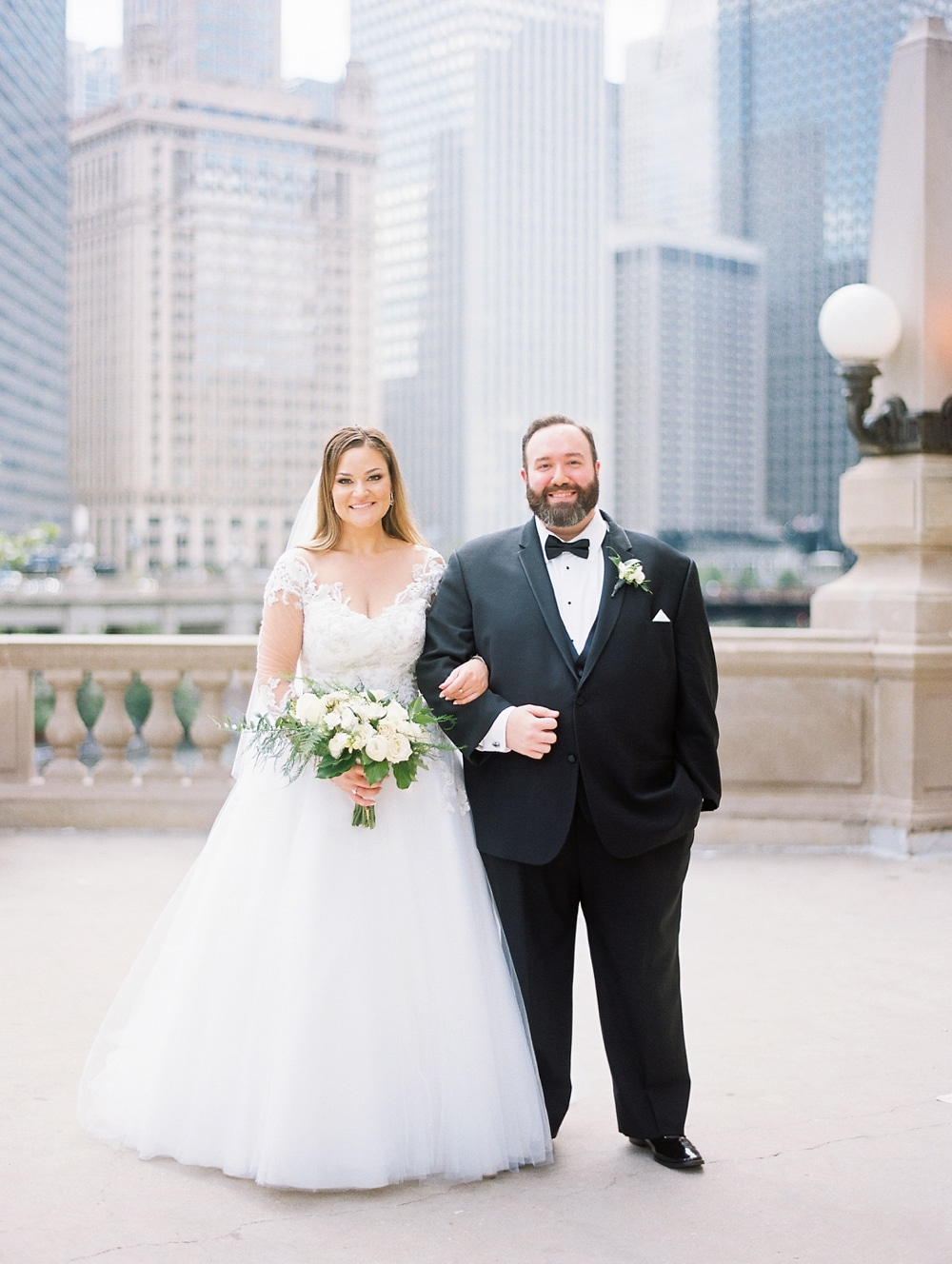 Kristin-La-Voie-Photography-field-museum-chicago-wedding-photos-147