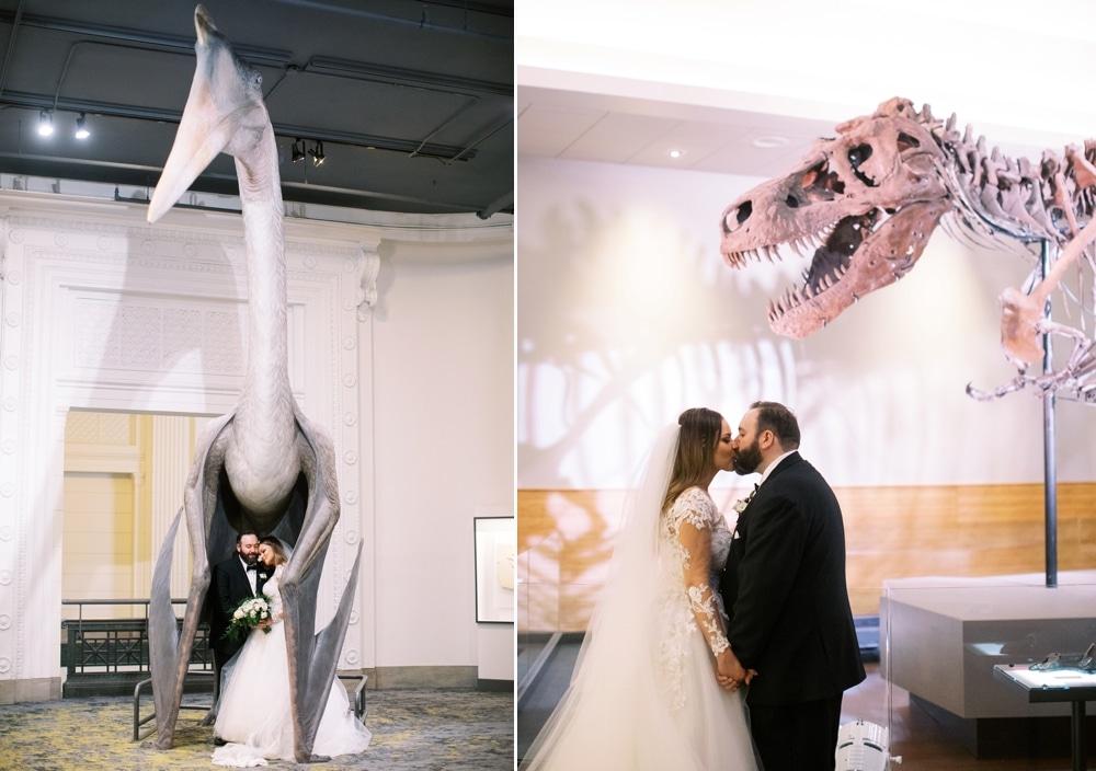 Kristin-La-Voie-Photography-field-museum-chicago-wedding-photos-283