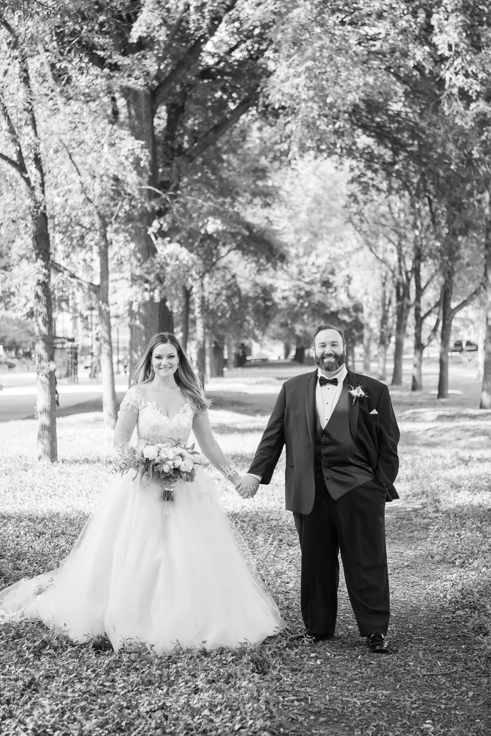 Kristin-La-Voie-Photography-field-museum-chicago-wedding-photos-292