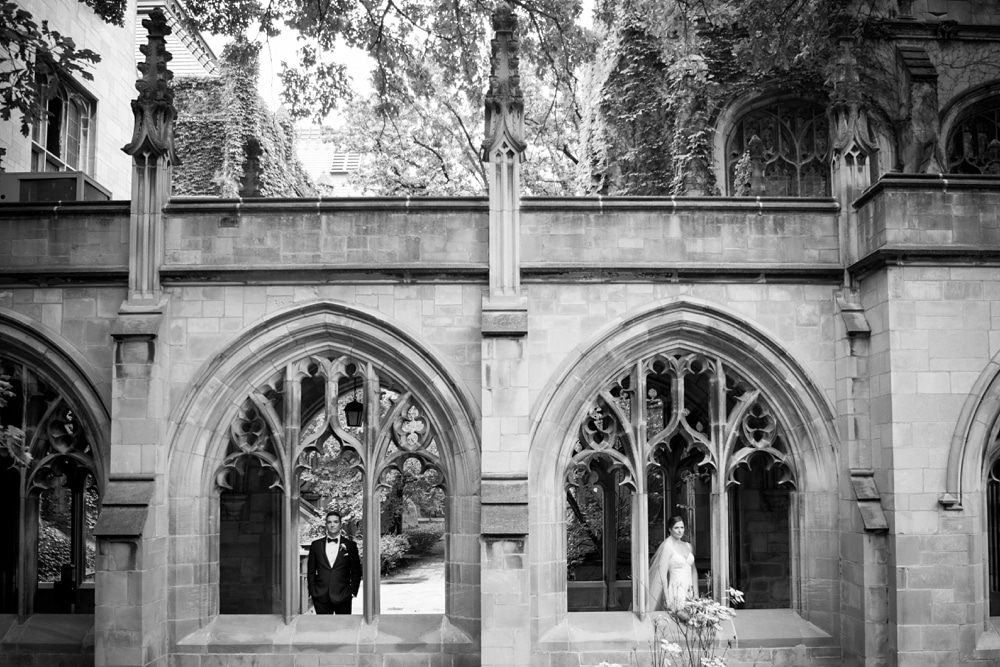 kristin-la-voie-photography-university-of-chicago-wedding-bridgeport-art-center-bond-chapel-171