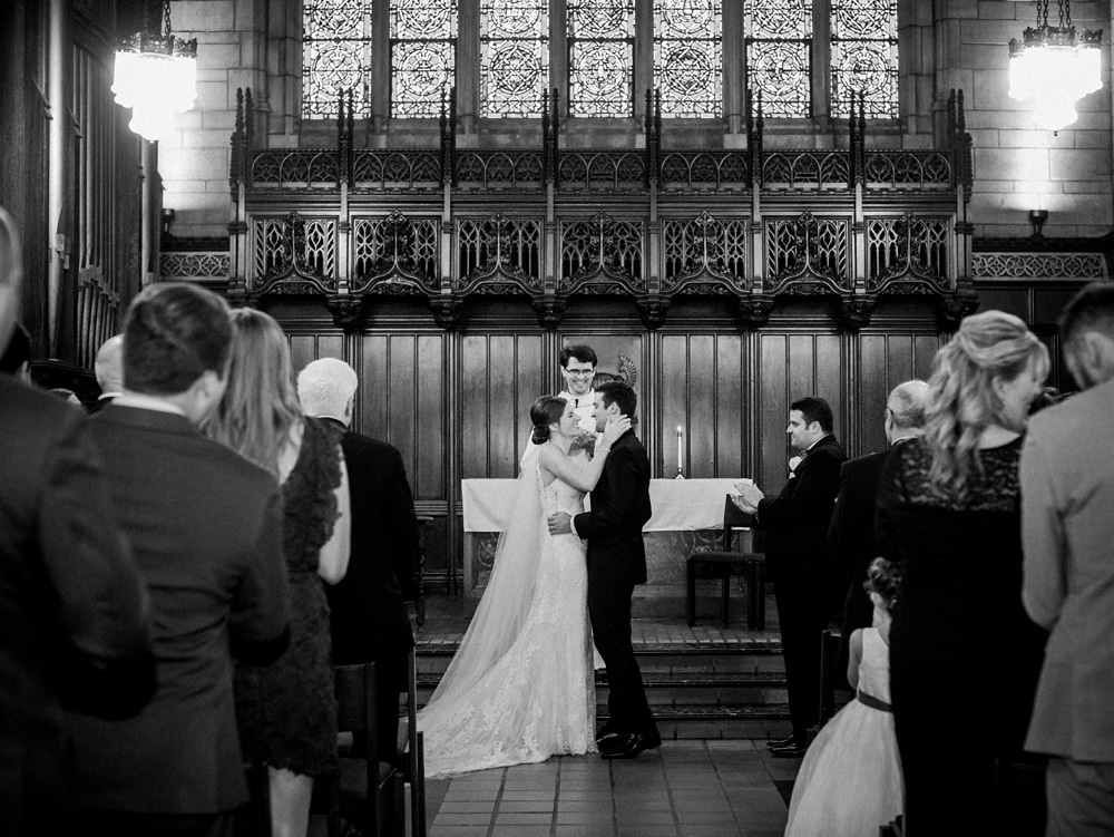 kristin-la-voie-photography-university-of-chicago-wedding-bridgeport-art-center-bond-chapel-220