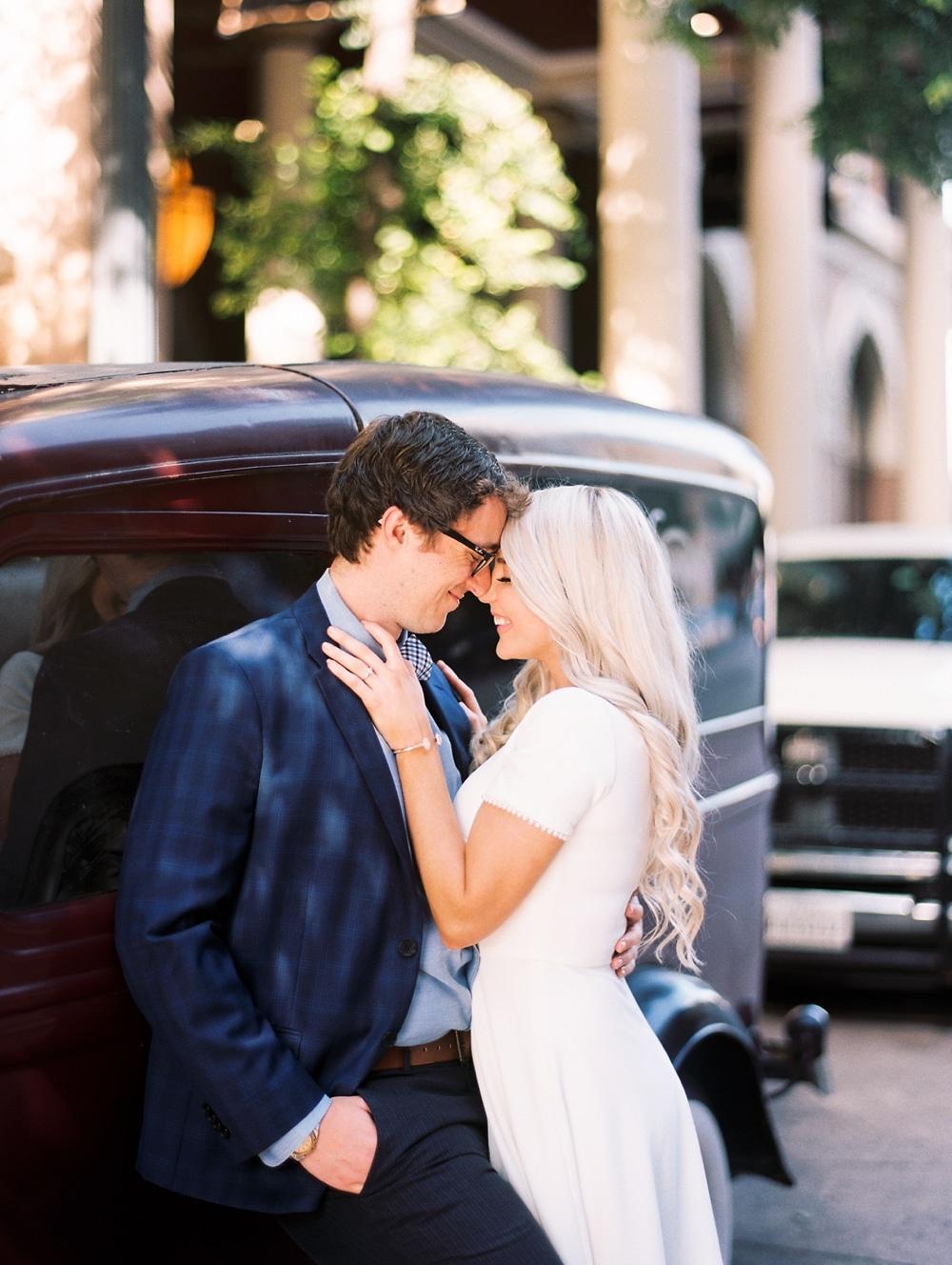 kristin-la-voie-photography-austin-wedding-photographer-the-driskill-41