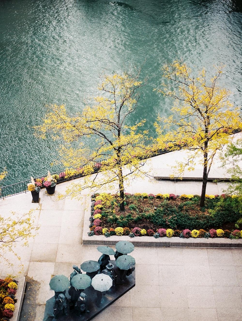 kristin-la-voie-photography-chicago-wedding-photographer-langham-hotel-205