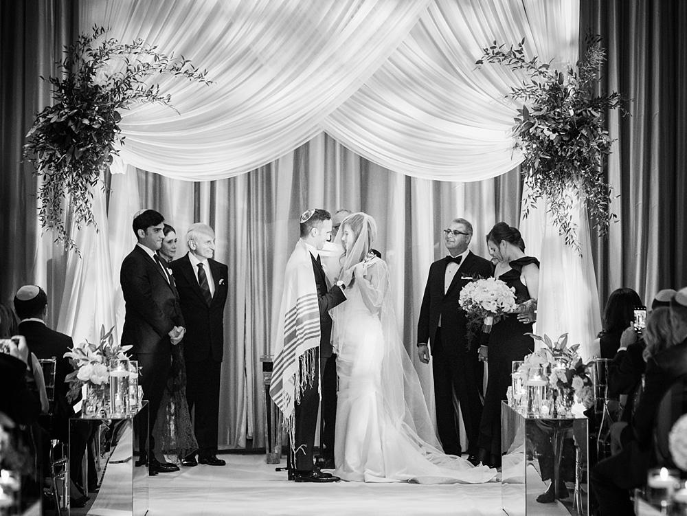 kristin-la-voie-photography-chicago-wedding-photographer-langham-hotel-70