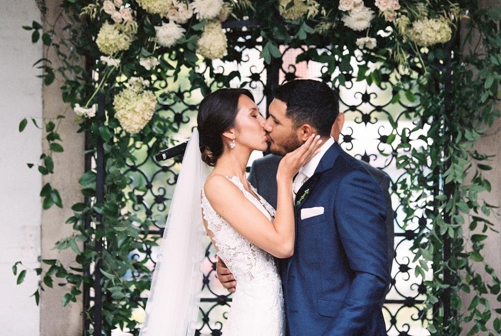 Kristin La Voie Photography – Milwaukee Villa Terrace Wedding-44