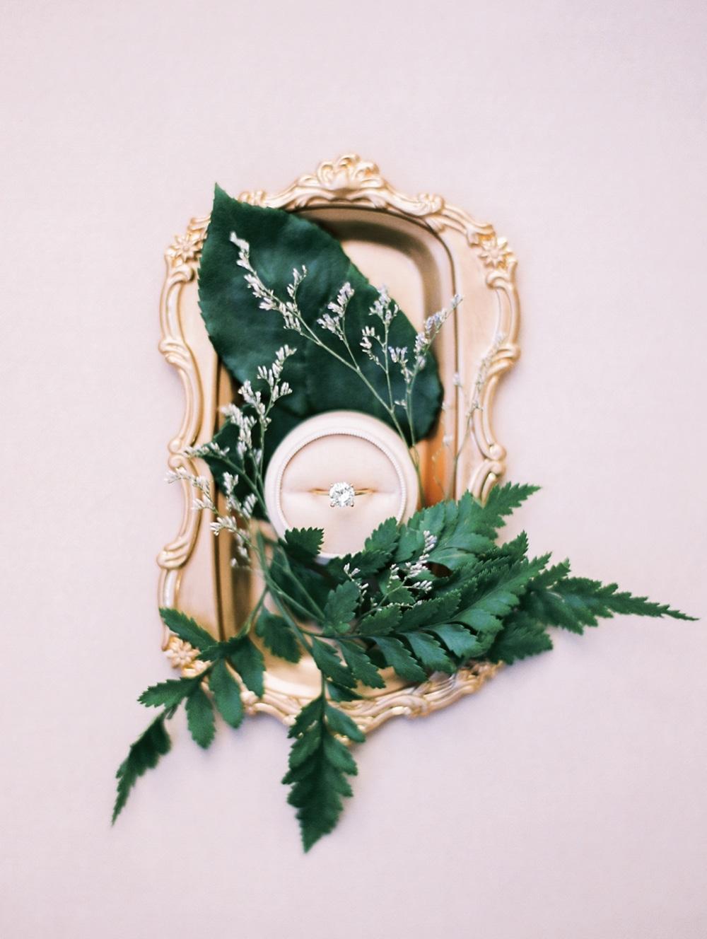 Kristin-La-Voie-Photography-fine-art-wedding-bridal-boudoir-texas-photographer-Dallas-Austin-San-Marcos-wahwahtaysee-resort-12