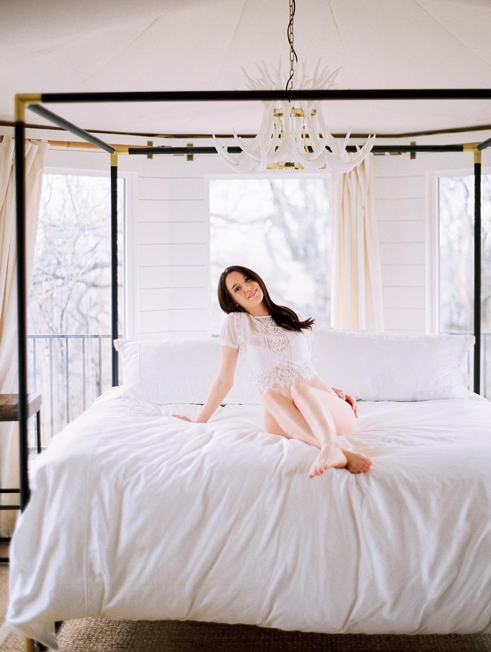 Kristin-La-Voie-Photography-fine-art-wedding-bridal-boudoir-texas-photographer-Dallas-Austin-San-Marcos-wahwahtaysee-resort-126