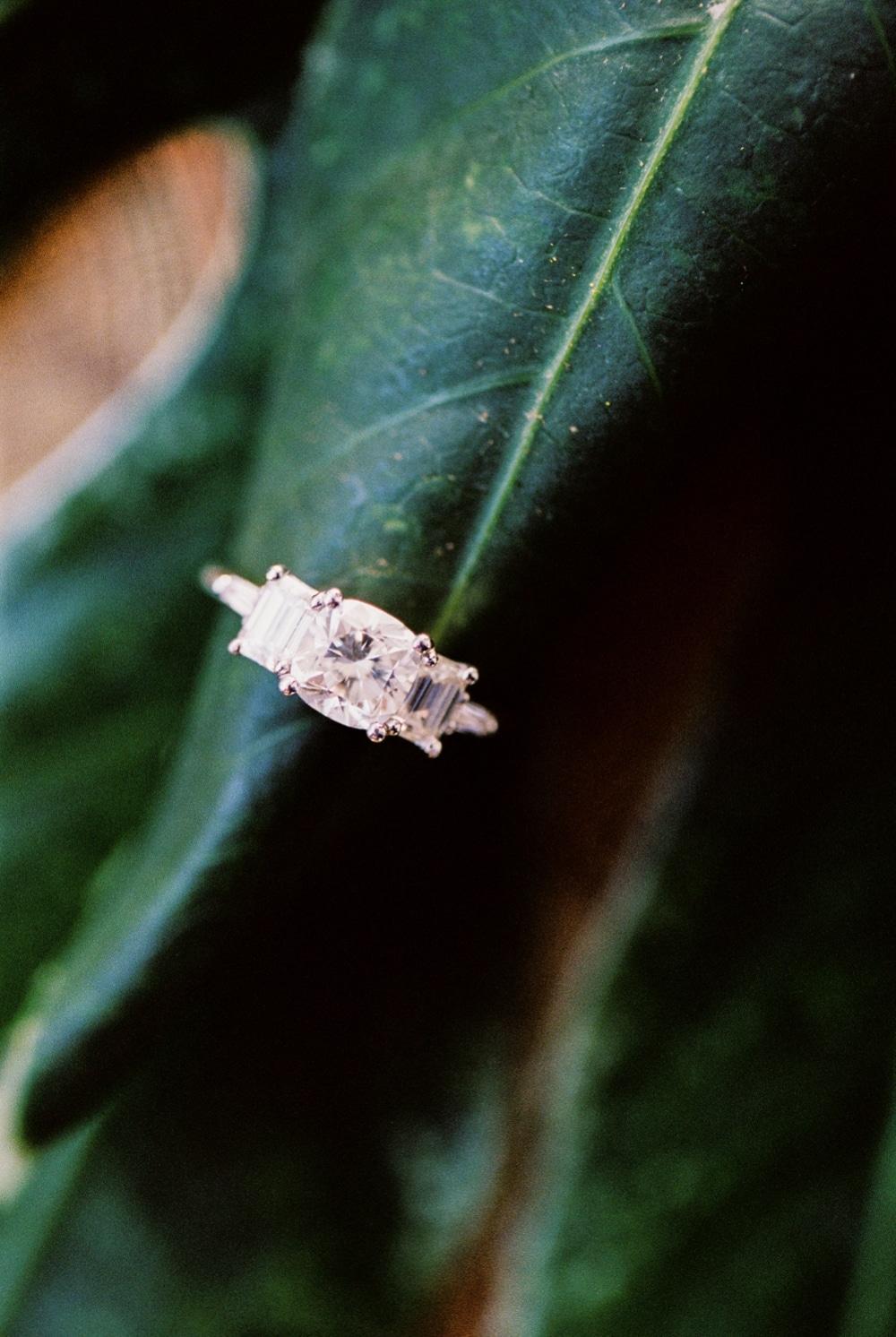 kristin-la-voie-photography-Austin-wedding-photographer-matties-green-pastures-21