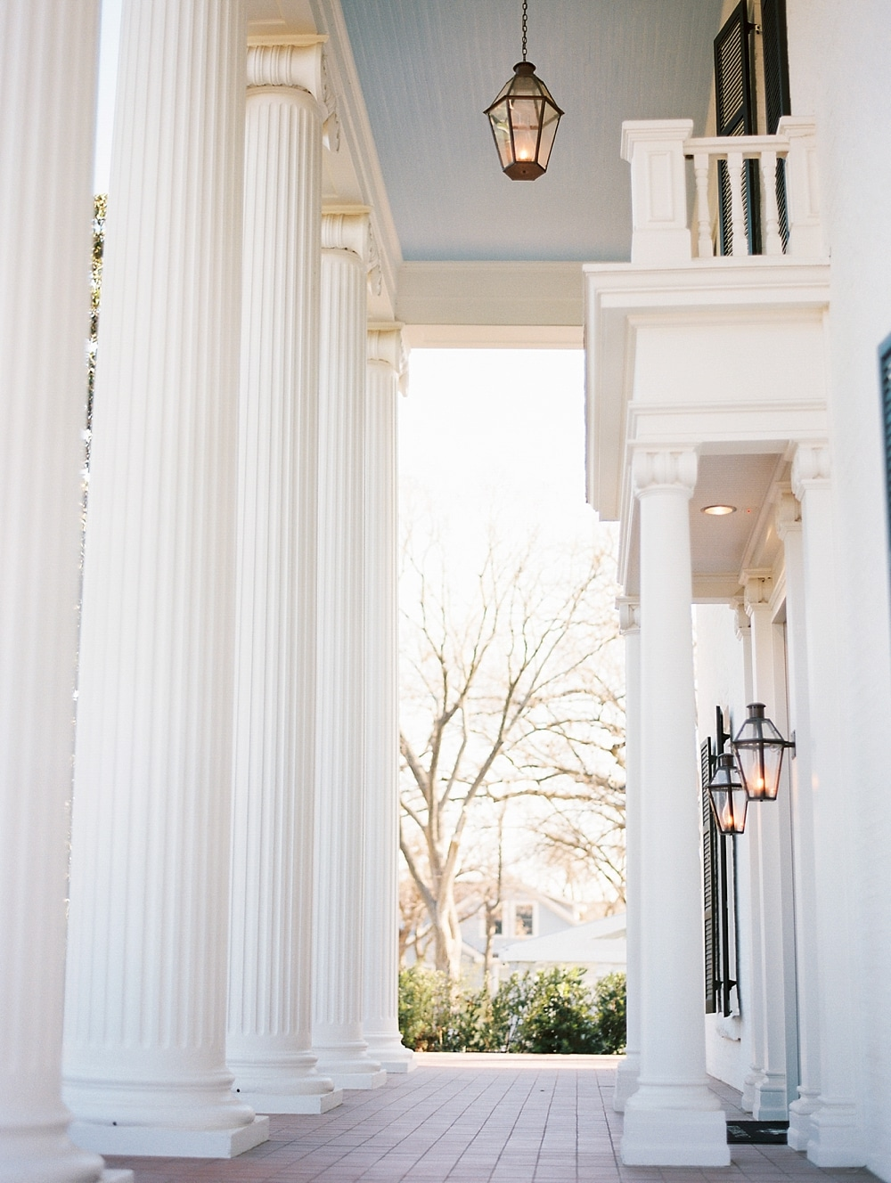 kristin-la-voie-photography-austin-wedding-photographer-woodbine-mansion-63