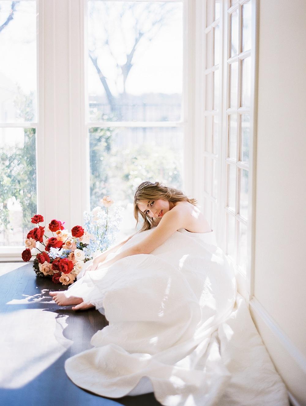 kristin-la-voie-photography-austin-wedding-photographer-woodbine-mansion-76