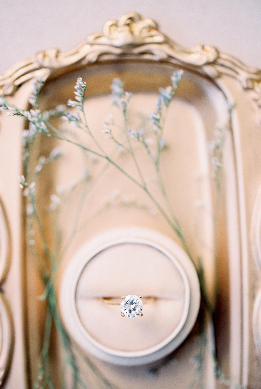 Kristin-La-Voie-Photography-fine-art-wedding-bridal-boudoir-texas-photographer-Dallas-Austin-San-Marcos-wahwahtaysee-resort-19